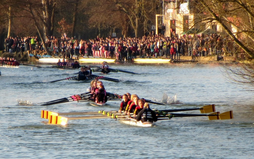 Wolfson women's first boat push for the bump in front of thousands of spectators in Torpids 2013