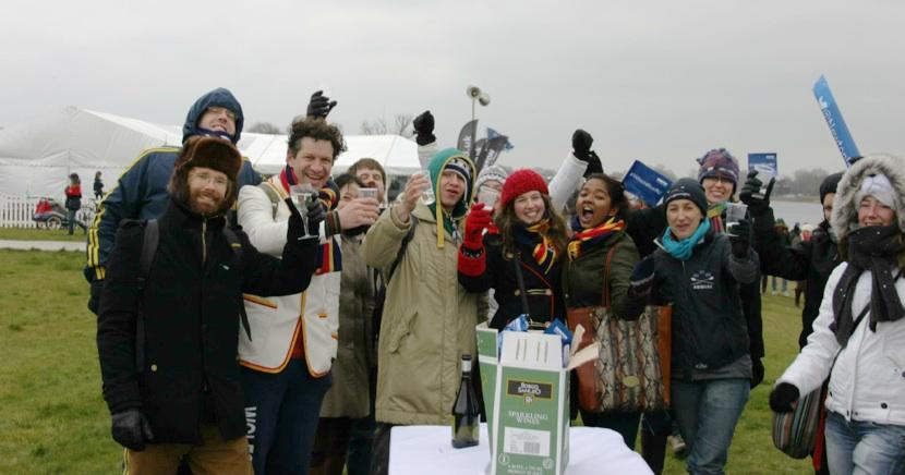 Wolfson crowd cheers the Oxford victories (courtesy Trajan Przybylski)